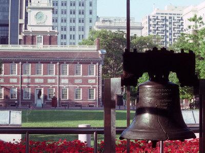 Liberty Bell, Philadelphia, Pennsylvania Photographic Print by Chris Minerva