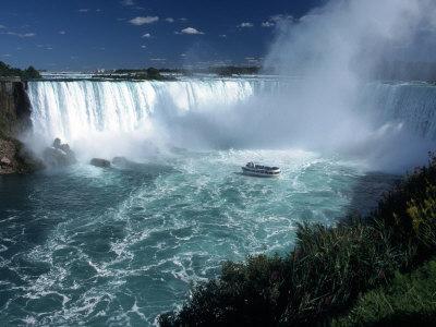 Horseshoe Falls, Niagara Falls, CAN Photographic Print by Michele Burgess