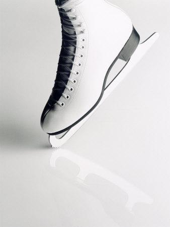Black and White Image of Figure Skater's Skate Fotografisk tryk af Howard Sokol