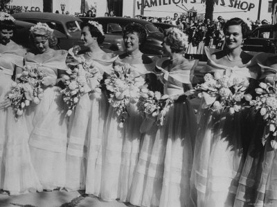 Six Bridesmaids Pose Together in White Organdy Gowns For Elizabeth Taylor and Nicky Hilton Wedding Photographic Print by Ed Clark