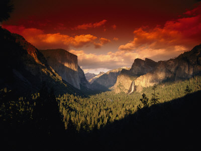Scenic View of a Sunset at Yosemite National Park Fotografie-Druck