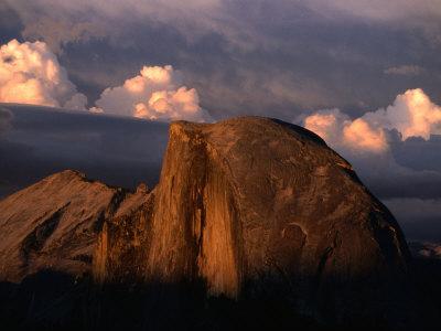 Half Dome in Yosemite National Park, Yosemite National Park, USA Photographic Print by Kraig Lieb