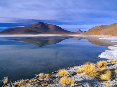 Landscape Reflected in Saline Lake in Arid, High Altitude Terrain, Bolivia Lámina fotográfica