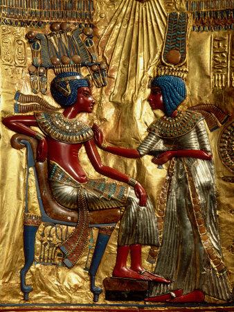 Gold Throne Depicting Tutankhamun and Wife, Egypt Fotoprint av Kenneth Garrett