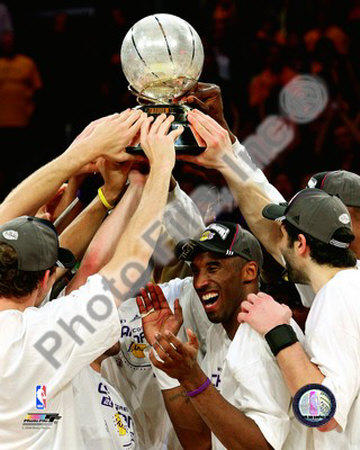 Kobe Bryant 2007-08 Western Conference Championship Trophy Photo
