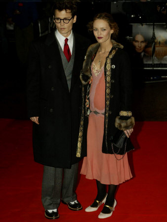 Johnny Depp and His Wife Vanessa Paradis Arrive at the Premier for Finding