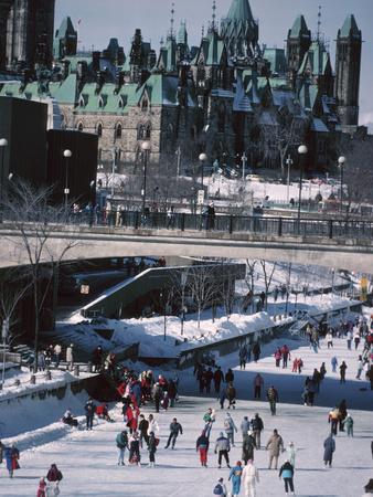 Skating on the Rideau Canal - Ottawa, Ontario, Canada Fotografisk tryk