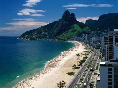 http://cache2.allpostersimages.com/p/LRG/27/2746/4HFTD00Z/posters/ipanema-beach-rio-de-janeiro-brazil.jpg