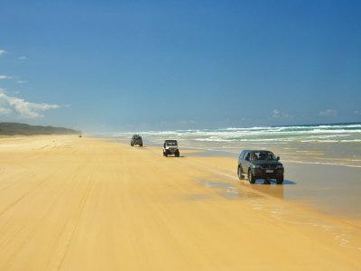 Four Wheel Drives, Seventy Five Mile Beach, Fraser Island, Queensland, Australia Photographic Print by David Wall
