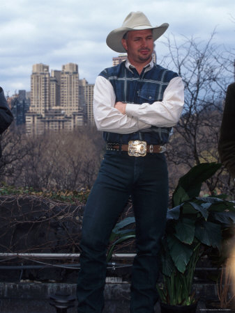 Singer Garth Brooks in Central Park Metal Print by Dave Allocca