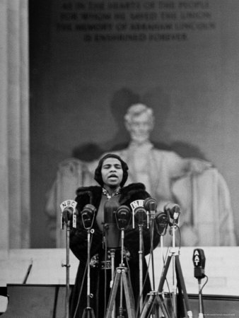 Singer Marian Anderson Giving an Easter Concert at the Lincoln Memorial Metal Print by Thomas D. Mcavoy