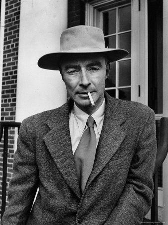 Princeton University Physicist. J. Robert Oppenheimer Premium Photographic Print by Alfred Eisenstaedt