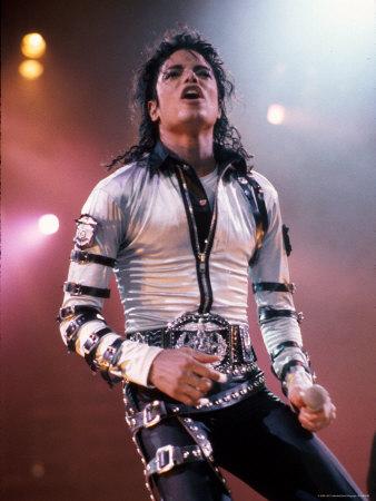 Singer Michael Jackson Performing プレミアム写真プリント : デイヴィッド・クーラ