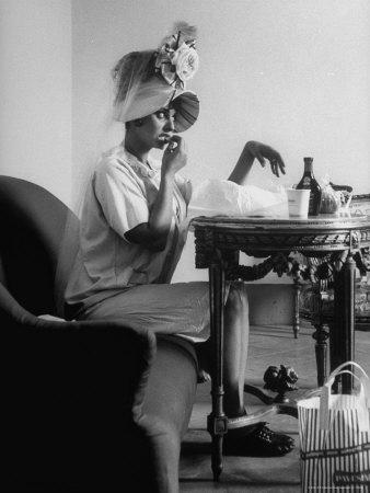"""Actress Sophia Loren Eating on a Break During Filming of """"Madame Sans Gene"""" Metal Print by Alfred Eisenstaedt"""