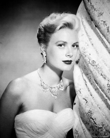 charmer humanitarian 50 traits grace kelly graceful princess grace kelly