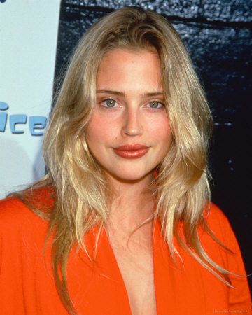 Estella Warren Pictures
