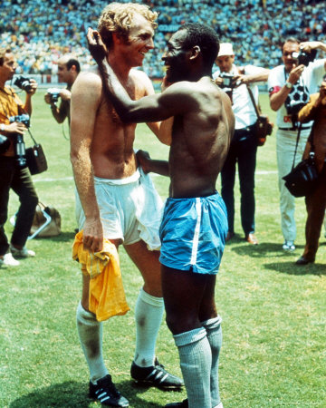 Pele & Bobby Moore Photo