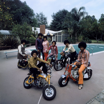 Pop Group Jackson Five: Jackie, Parents Joe and Katherine, Marlon, Tito, Jermaine and Michael Premium Photographic Print by John Olson