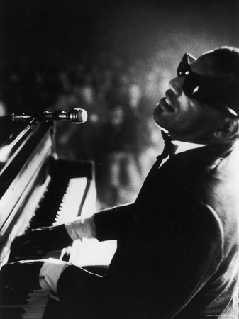 Ray Charles Playing Piano in Concert Kunst på metal af Bill Ray