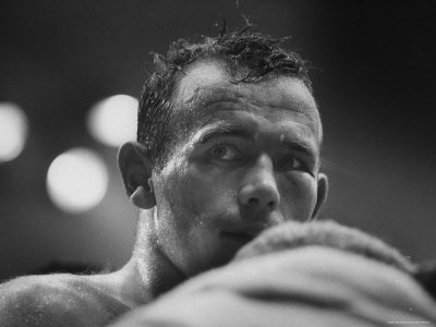 Ingemar Johansson Looking on During Title Bout Against Patterson Impressão fotográfica premium