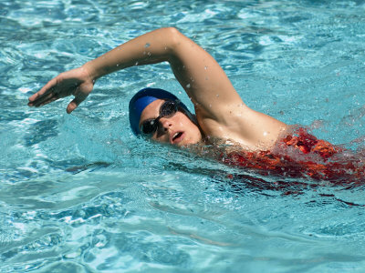 Young Woman Swimming the Freestyle Stroke in a Swimming Pool, Bainbridge Island, Washington, USA Photographic Print