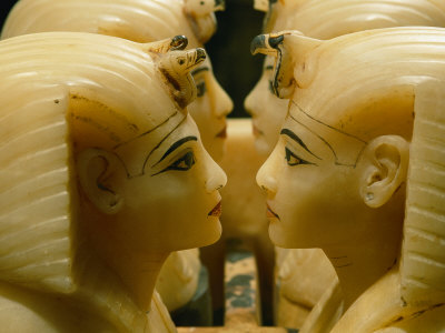 Alabaster Carvings Found in the Tomb of Tutankhamun Lmina fotogrfica