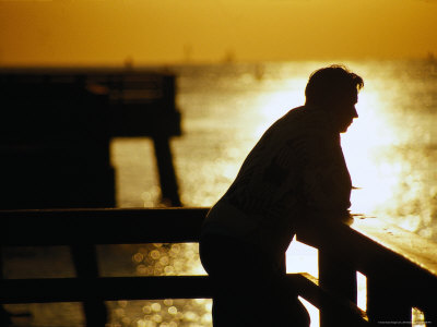 http://cache2.allpostersimages.com/p/LRG/29/2901/AKWPD00Z/posters/greenberg-jeff-silhouette-of-man-on-pier-fl.jpg