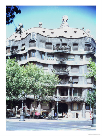 La Pedrera or Casa Mila, 1905-10 Giclee Print by Antoni Gaudí