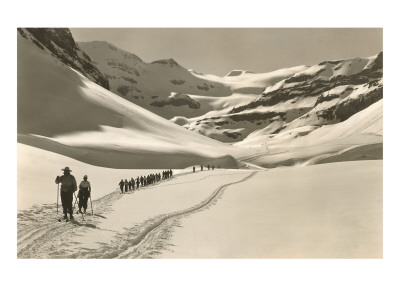 Trail of Cross-Country Skiers Affischer