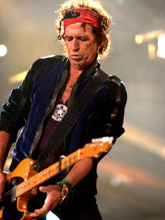 Keith Richards Performing on Stage at the Rolling Stones in Concert at Twickenham, August 2006 Fotografisk tryk