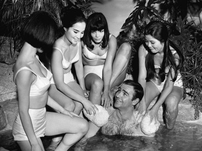 Film You Only Live Twice, 1966: Sean Connery as James Bond Stretched Canvas Print