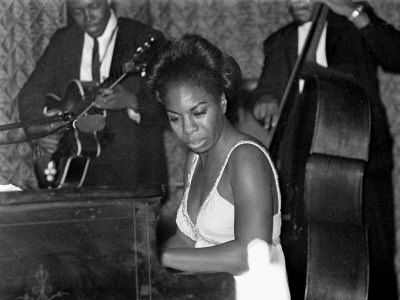 Jazz Singer Nina Simone, Performing at Annie's Club, June 1965 Lmina fotogrfica