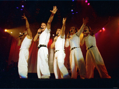 Take That on Stage at Their Concert in Manchester July 1993 Fotografie-Druck