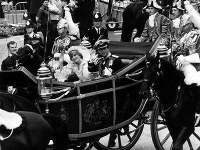 prince charles and princess diana wedding photos. Prince Charles and Lady Diana