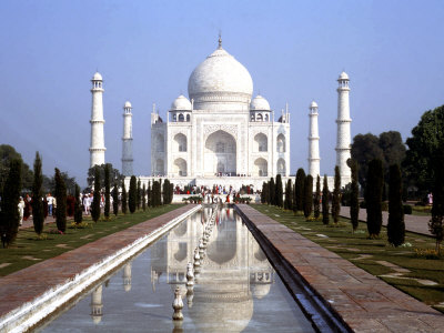 The Taj Mahal, Agra, India Photographic Print by Bill Bachmann