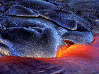 Volcanic Eruption, Volcanoes National Park, Kilauea, Big Island, Hawaii, USA Lámina fotográfica por Art Wolfe