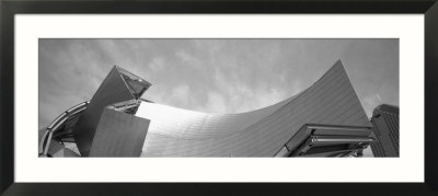 Low Angle View of a Building, Millennium Park, Chicago, Illinois, USA Indrammet kunsttryk