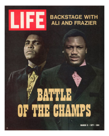 Boxers Muhammad Ali and Joe Frazier, March 5, 1971 Premium Photographic Print by John Shearer