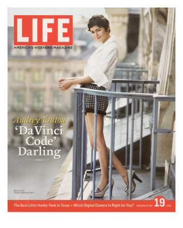 French Actress Audrey Tautou Outdoors on a Balcony in Paris, May 19, 2006 Premium Photographic Print