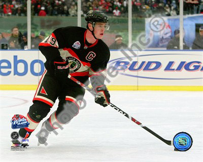 Jonathan Toews 2008-09 NHL Winter Classic Photo