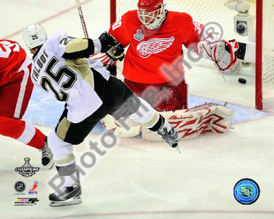 Maxime Talbot Game 7 of the 2008-09 NHL Stanley Cup Finals Photo
