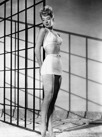 Evelyn Keyes, 1946 Photo