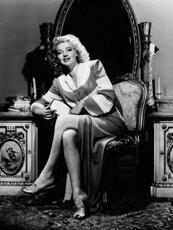 Evelyn Keyes, 1943 Photo