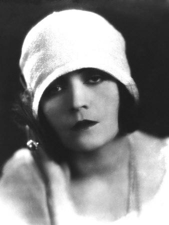 Pola Negri, Mid-1920s Photo