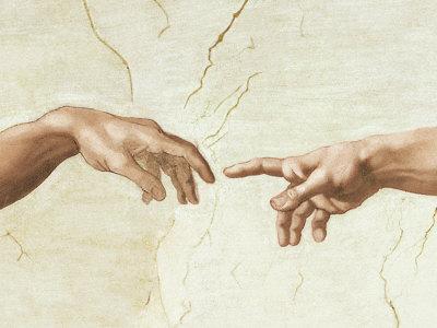 """Detalle de """"La Creación de Adán"""" de Miguel Ángel en la bóveda de la Capilla Sixtina."""