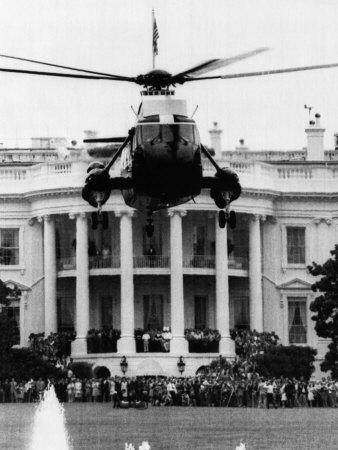 Former US President Richard Nixon Leaves the White House, Washington, D.C., August 9, 1972 Photo