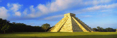 Pyramid in a Field, Kukulkan Pyramid, Chichen Itza, Yucatan, Mexico Photographic Print by  Panoramic Images