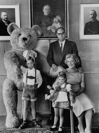 German Toy Maker Otto Steiff Posing with His Family and a Huge Teddy Bear Premium Photographic Print