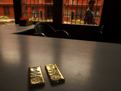 Bars of Gold Inside the Largerst Exporter of Gold in the World Photographic Print by Randy Olson