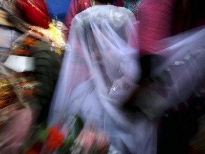 Bride Sits Next to Groom During a Mass Marriage Ceremony for About 50 Couples in Amritsar, India Photographic Print